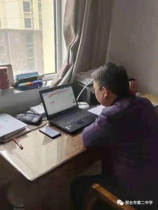 """湖南网上公益招聘月主打""""服务牌"""" 网上微课受青睐"""
